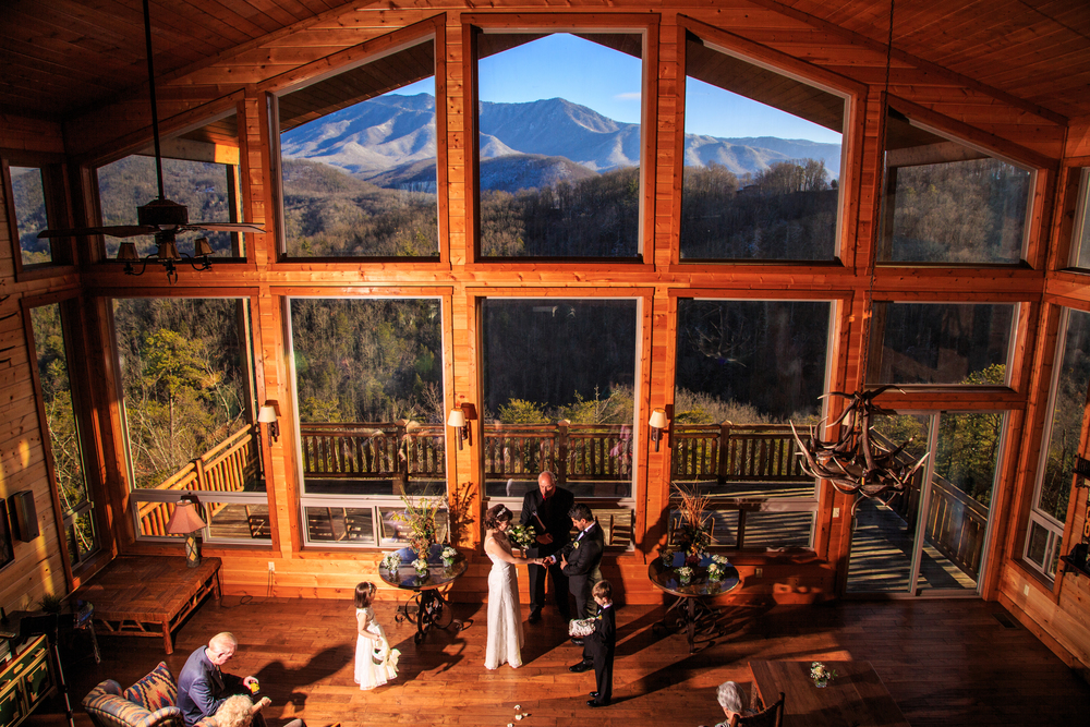 Gatlinburg weddings cabin wedding ceremonies in Best mountain view cabins in gatlinburg tn