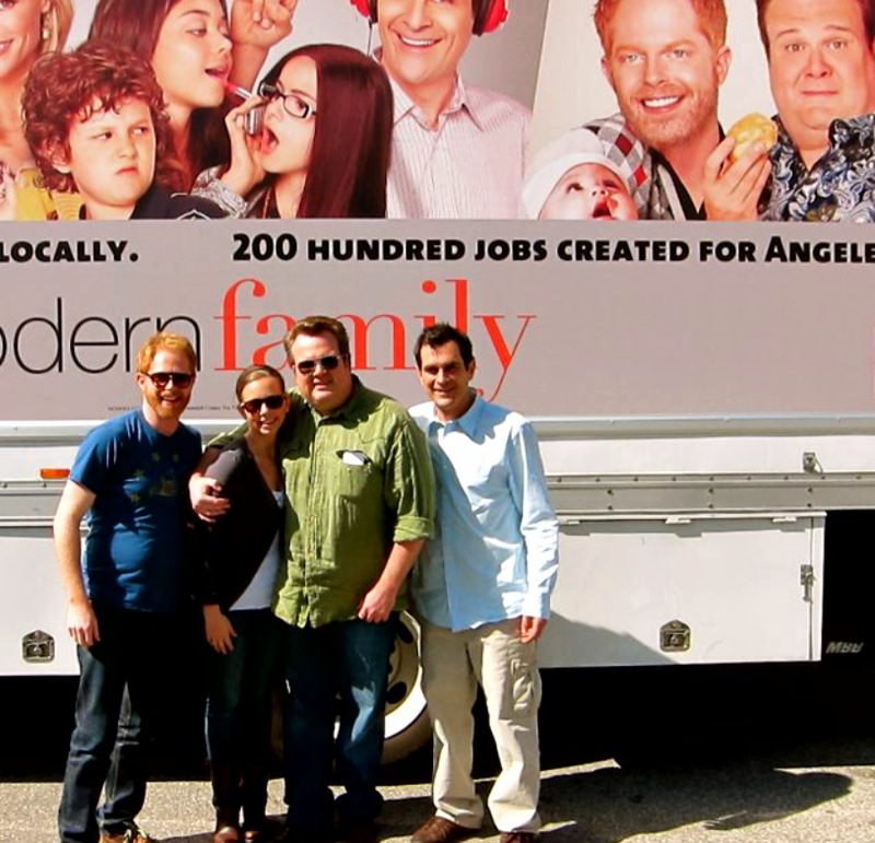 So excited for EVERYONE at Modern Family (well, especially Eric)