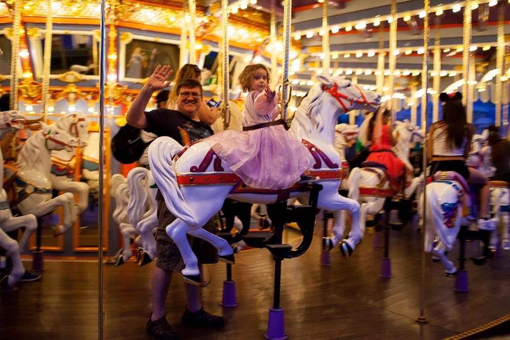 Carousel with Deda