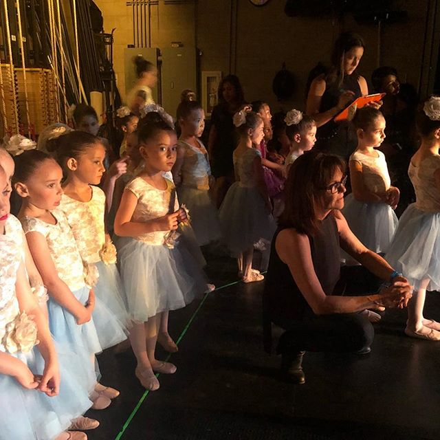 Loved this moment. Girls were watching company dancers doing a beautiful piece right before they went on stage ✨ #backstage #dancedimensions #dancerecital2018