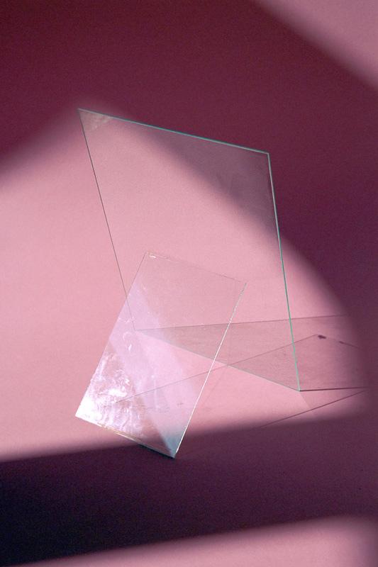 grapevinezine :      Thomas Albdorf