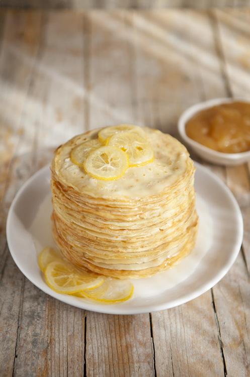 kiyoaki :     (vía  Cook me tender: Tarta de mini crêpes al limón y un paseo por París )