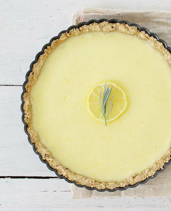 squaremeal :     (via  Culinary Delights / lemon tart with rosemary crust )