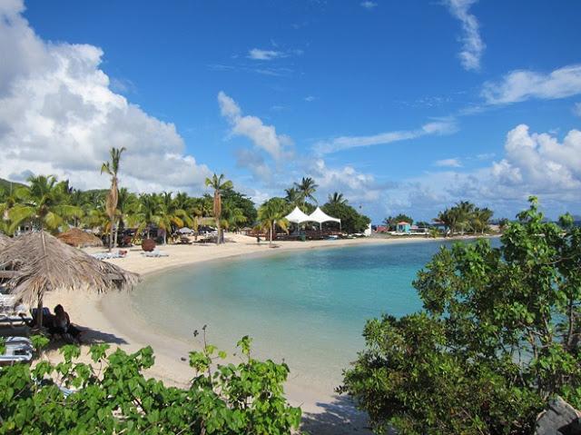 small_Nanny+Cay+beach+%25282%2529.jpg