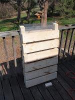 Två sidor är klara! På bilden är de upp och ner, stumparna som sticker upp kommer vara vända mot marken.