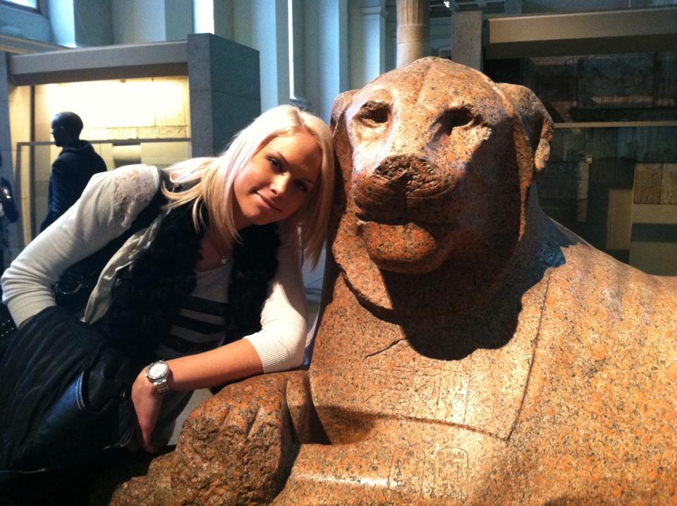 Mia Sara 3 museum.jpg