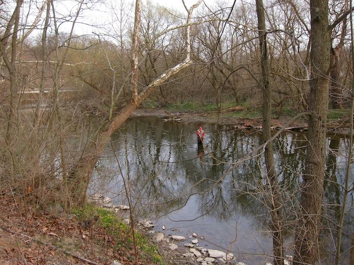 Många fiskare nere i ån