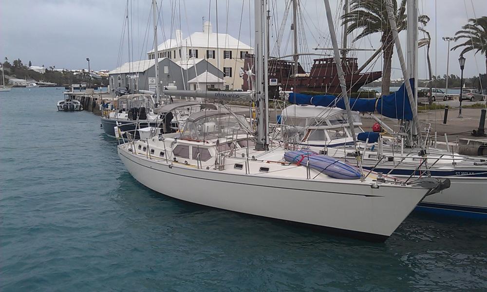Saudade tied up in Bermuda