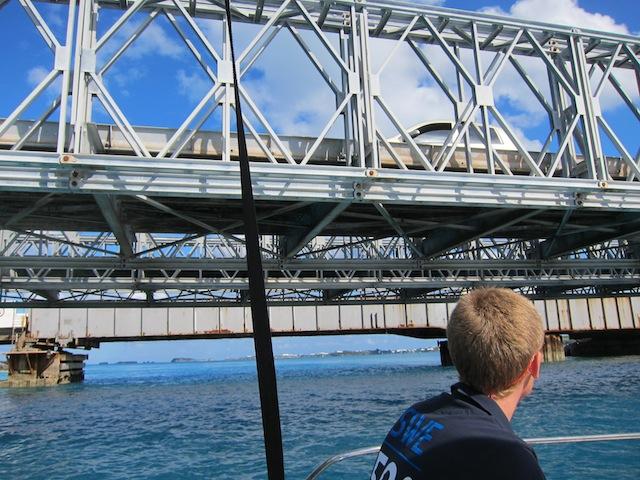 Nätt och jämt att vi kom under bron