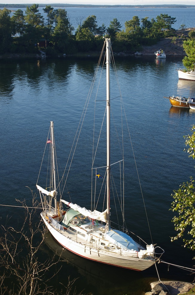 Arcturus' lonely mooring on Biskopsön.