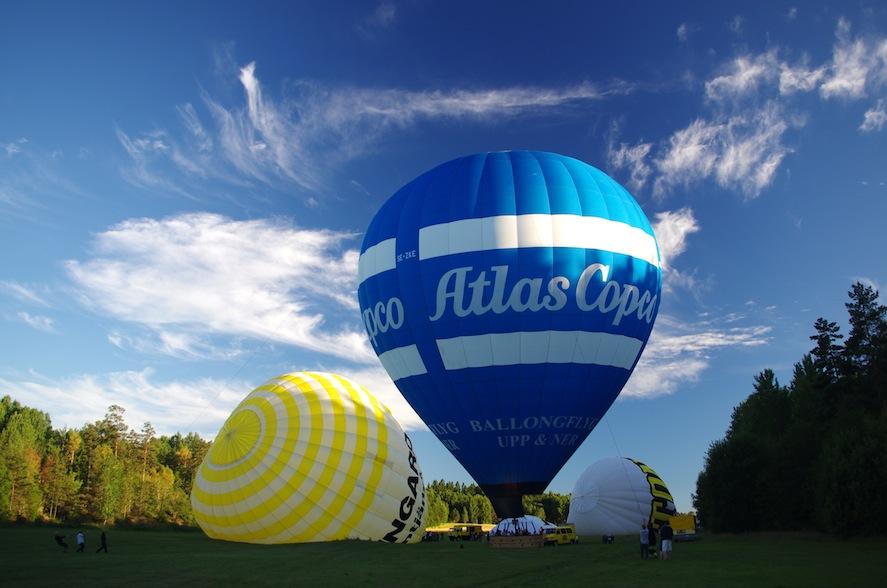 Grannballongerna på väg upp