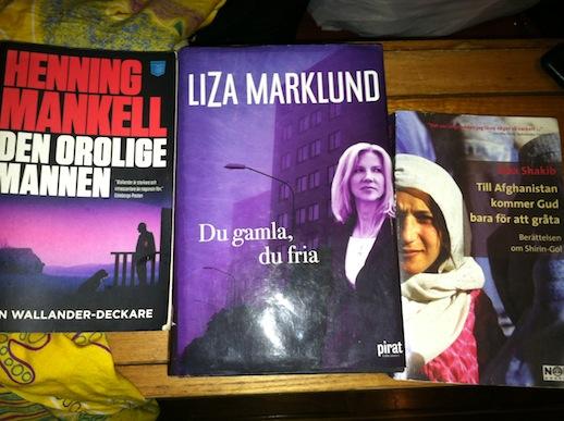 St. Lucia - Jag hitatde tre svenska böcker i bokhyllan, yeah!