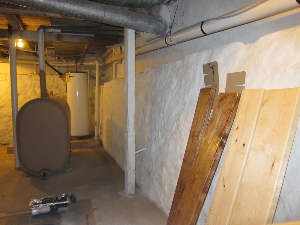 Plankorna betsades i källaren