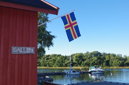 Åland's flag, a mix of Sweden and Finland, just like the culture.