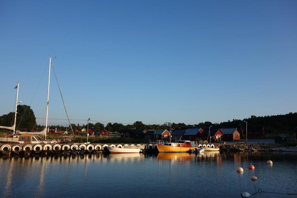 Gästhamnen i Lickershamn på Gotland, utsikt från sittbrunnen