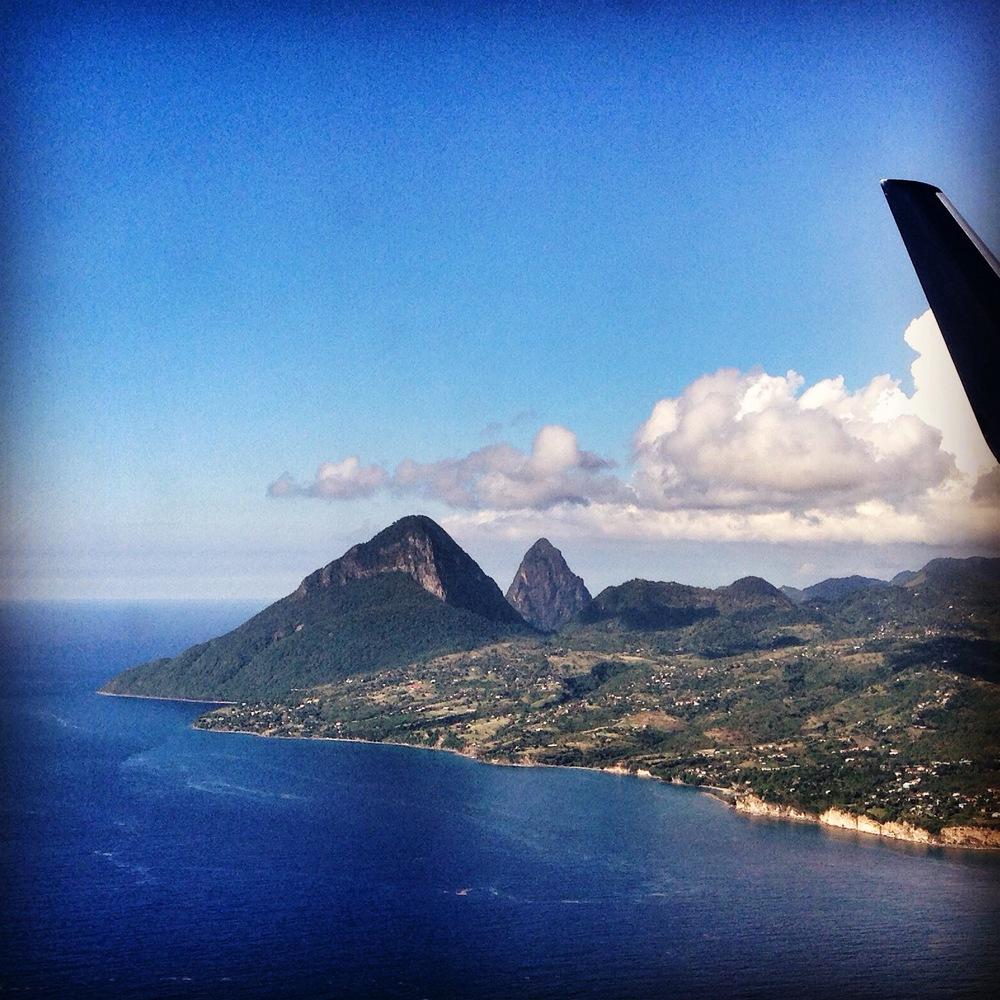 Flög in till St. Lucia med fin utsikt över the Pitons!