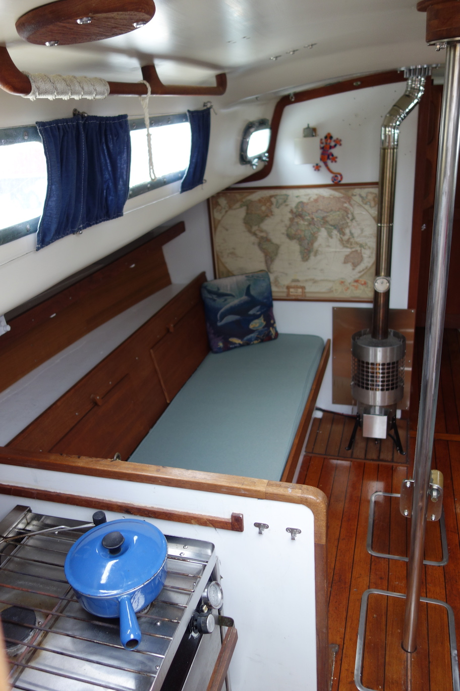 59 North Sailing About S V Arcturus Wiring House Batteries Boat Electrical Panel Accessible From Port Cockpit Locker Completed 2014 With New And Primary Alternator Charges Both Start Banks