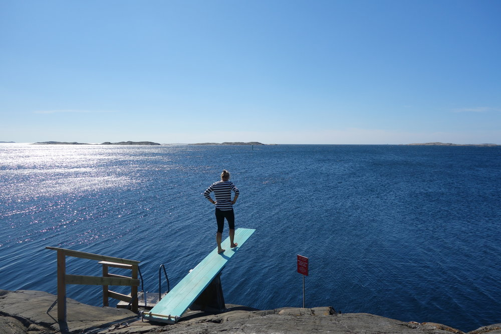 One of the many 'natural' diving boards on the Swedish west coast!