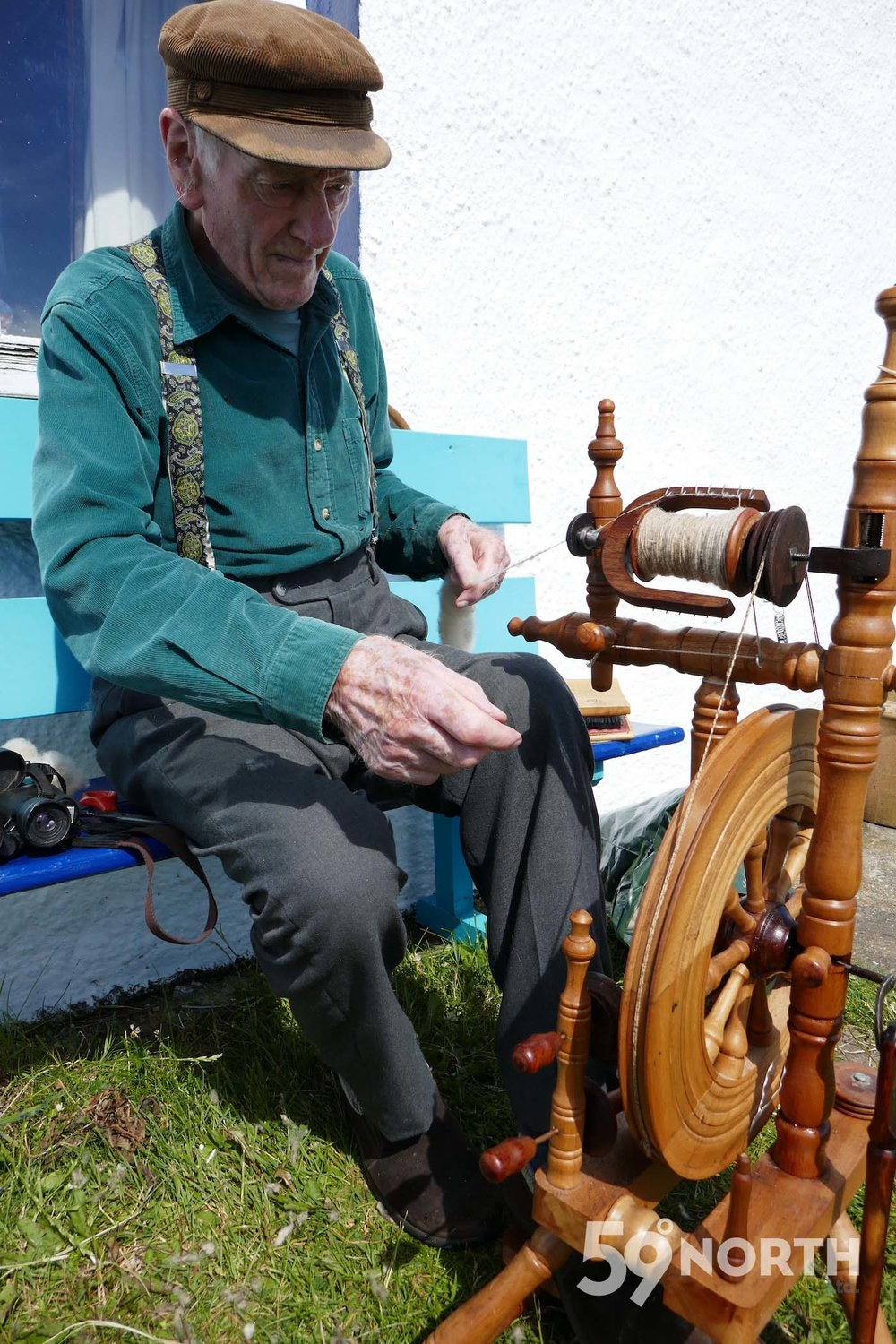 Old sir. Thompson spinning his own yarn. Fair Isle! Leg 8, 2017: Sweden to Scotland 59-north.com