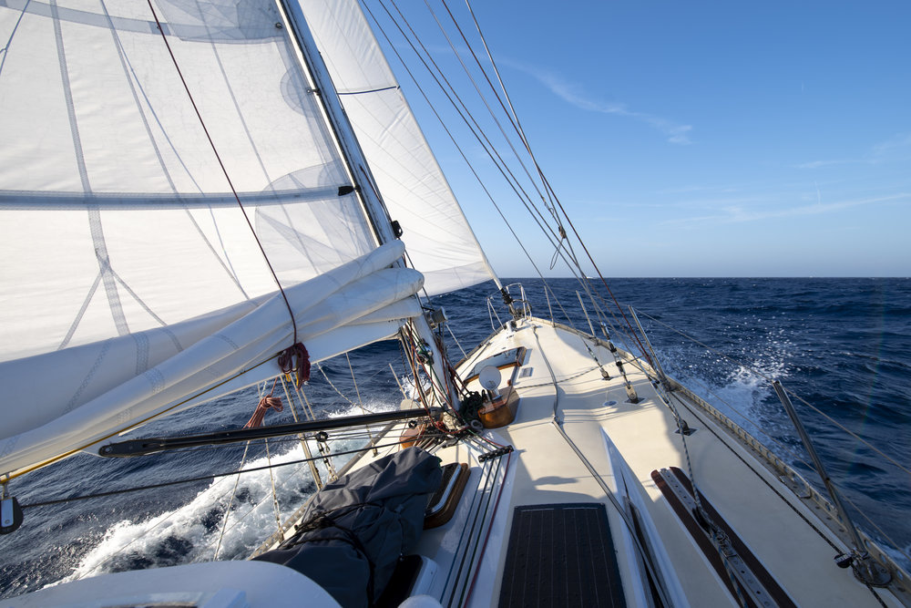 ISBJORN schralpin' upwind on the way back from Madeira to mainland Portugal.