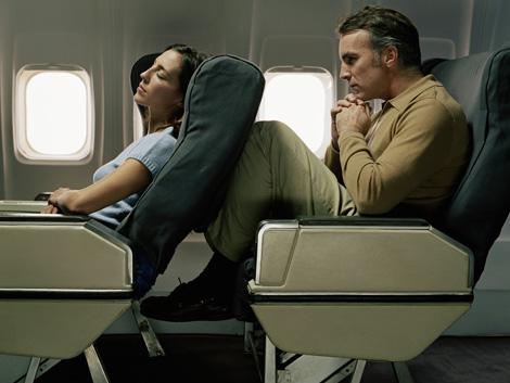 airliner-cramped-0809.jpg