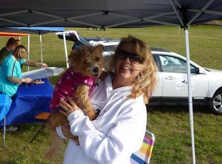 dogpaw dogtoberfest 2011 001.jpg