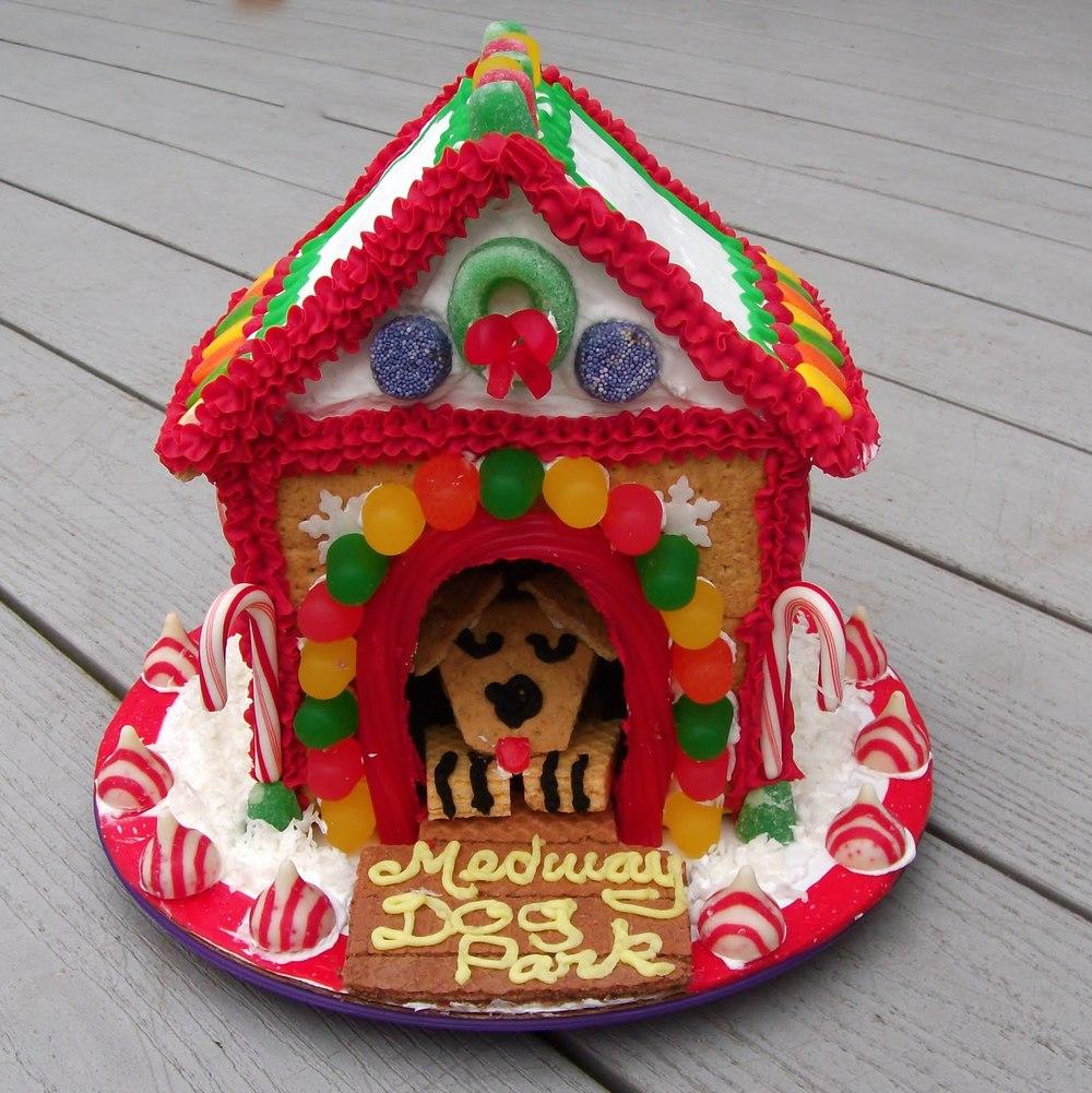 dog house f..JPG