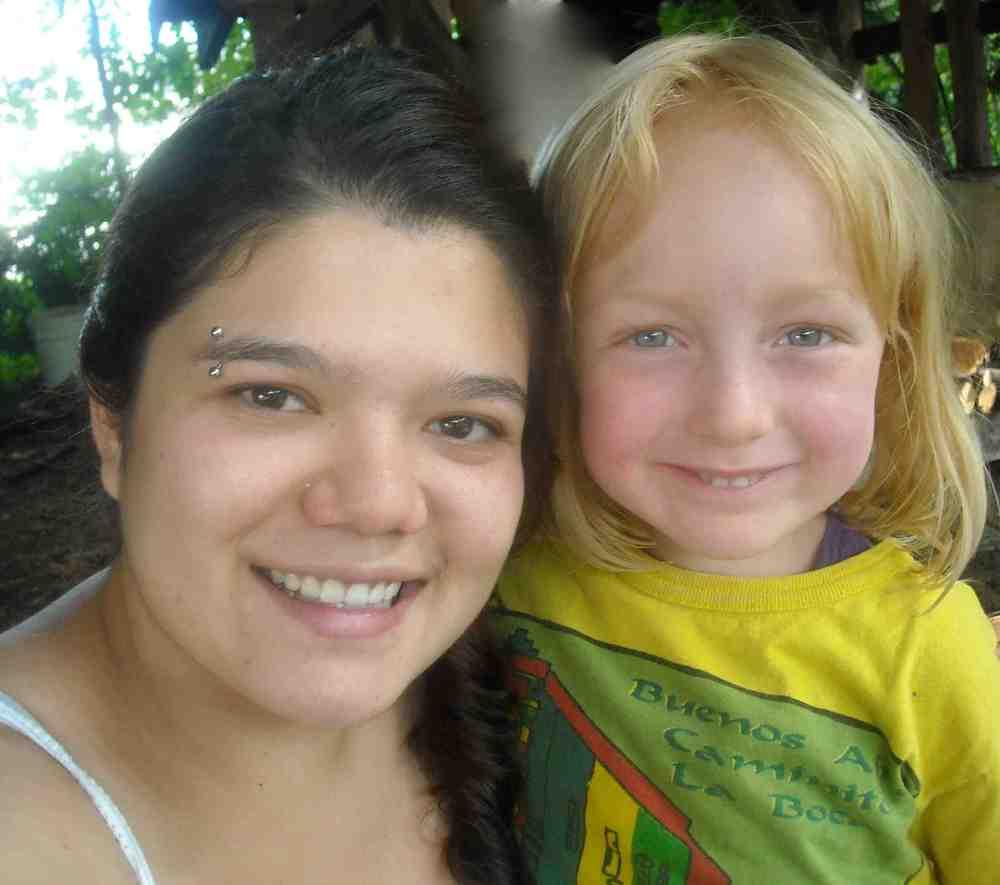 Cristina con Osha.jpg