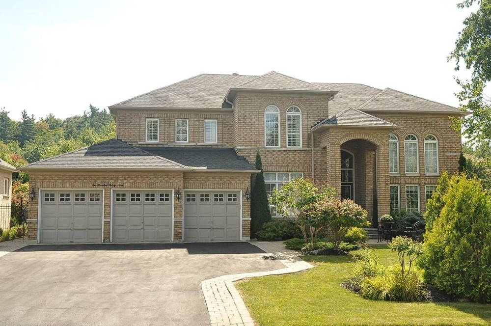139 LAURENTIAN BLVD VAUGHAN