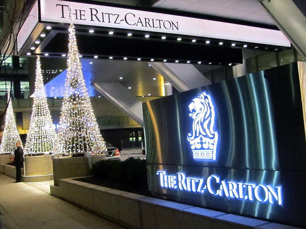 residences at the ritz-carlton toronto condos