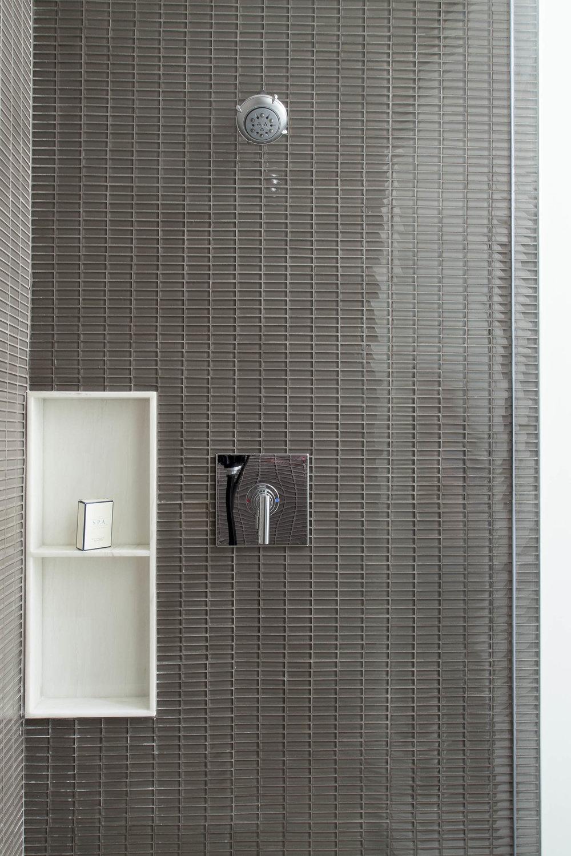 Residence 3501 Bathroom II - Denise Militzer.jpg