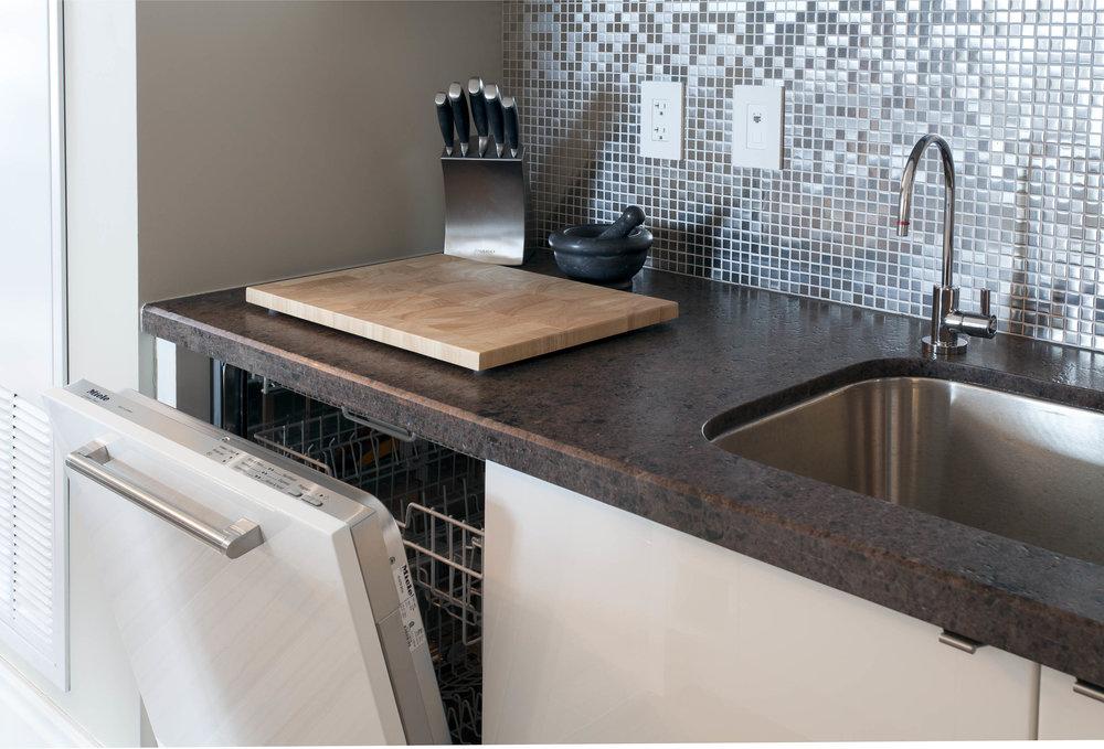 Residence 3501 Kitchen IV - Denise Militzer.jpg