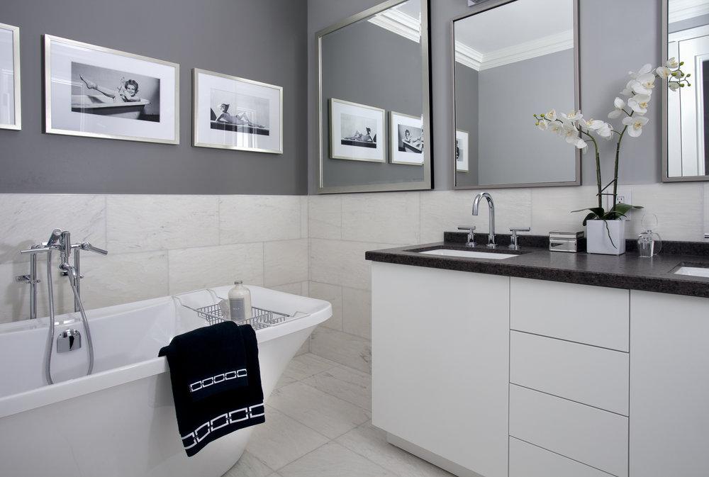 Residence 3501 Master Bathroom I - Denise Militzer.jpg