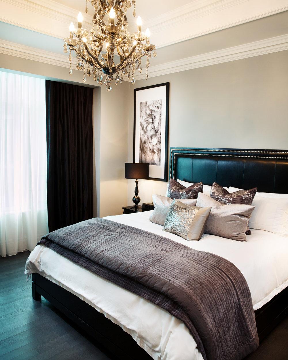 Residence 3501 Master bedroom - Teddy Chau.jpg