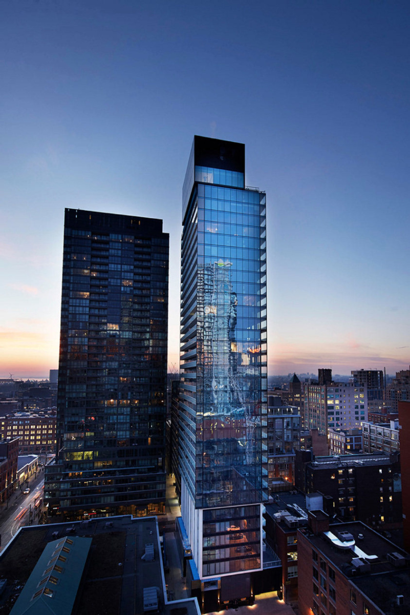 King-Charlotte-Condos-11-Charlotte-Street-Toronto-Marco-Chiappetta-Sothebys-International-Realty.jpg