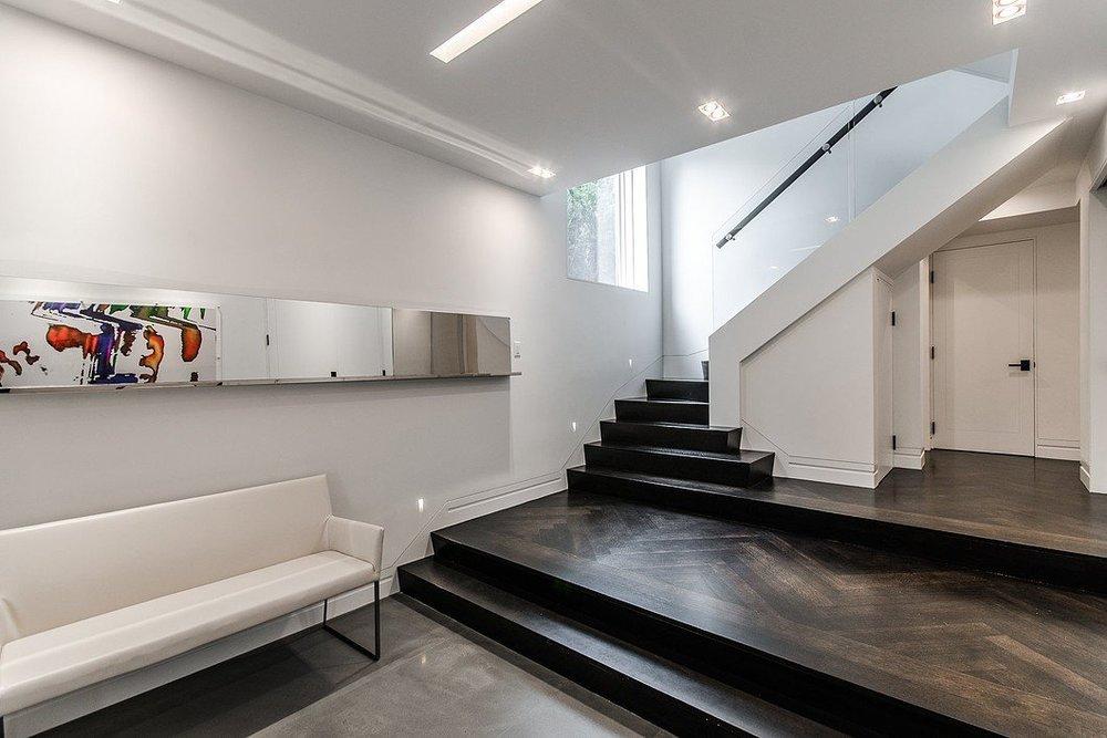 Less is More: 8 Minimalist Interior Design Ideas — Marco Chiappetta ...