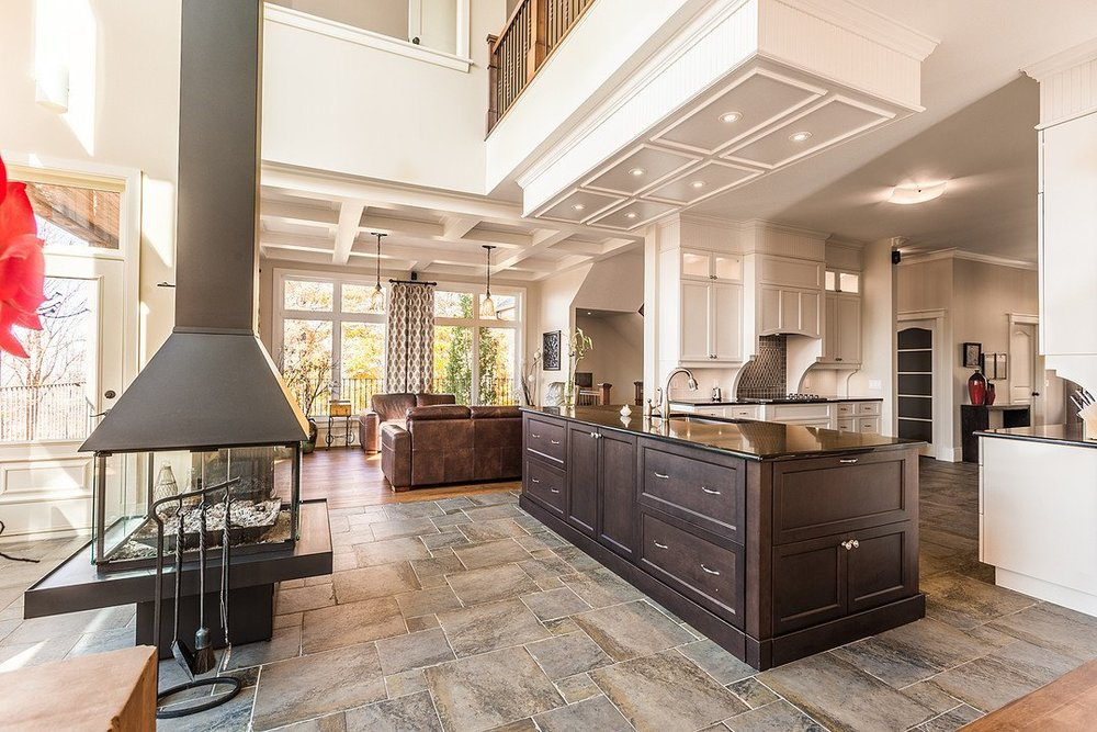 Tranquil Modernity in Bromont Heights