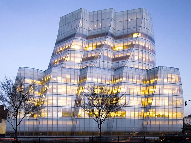 dam-images-architecture-2014-10-gehry-architecture-best-frank-gehry-architecture-19-iac-building.jpg