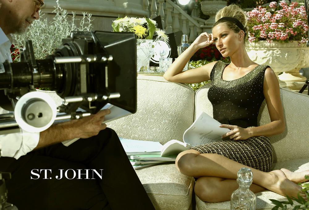 Agency: Lipman Photography: Mario Testino Art Direction: Alisha Goldstein