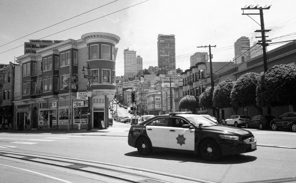 sf cop car bw.jpg