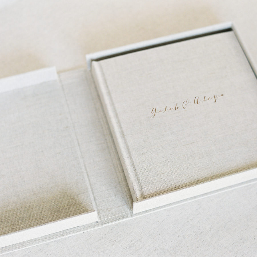 FINE ART LINEN ALBUM    SIZES: 6x6,  8x8  ,   10x10, 12x12   FROM $400   IN BOX  FROM $500