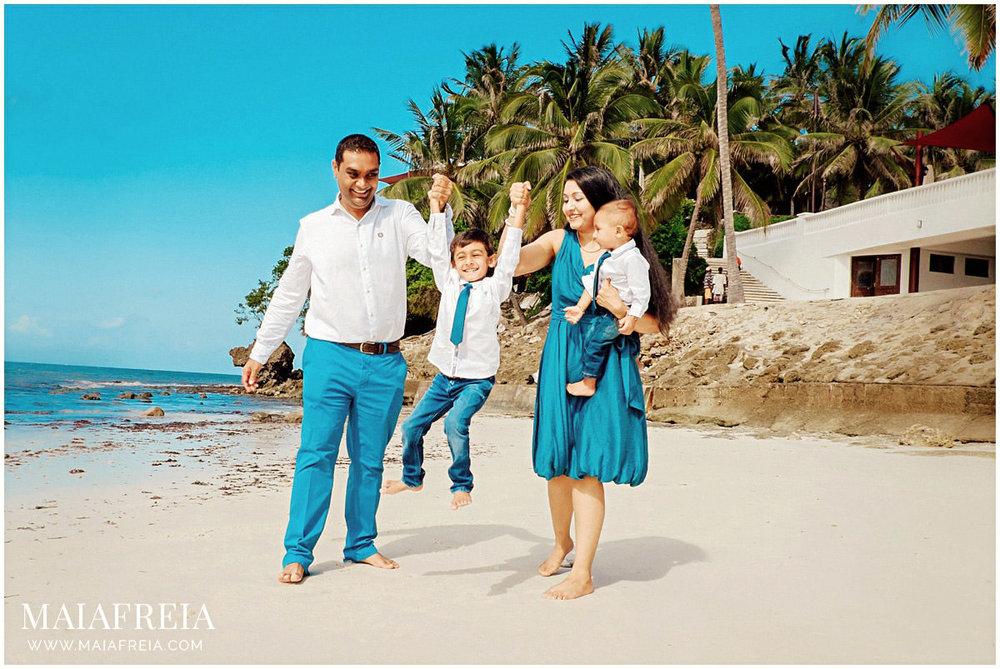 Voyager-Beach-Resort-Mombasa-Kenya-Family_0037.jpg