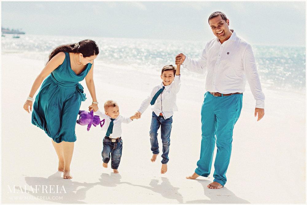 русскоговорящие фотограф в Кении свадебные церемоний индивидуальные детские и семейных фото съемок в Момбасе и Диане пляже. Также, с большим удовольствием помогу вам с организацией пляжной свадебной церемонии.