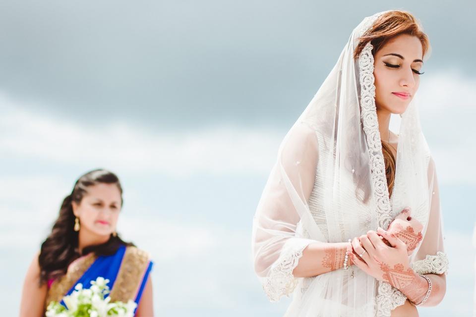 zanzibar-ideal-destination-wedding-bridal-party-portraits-beach.jpg