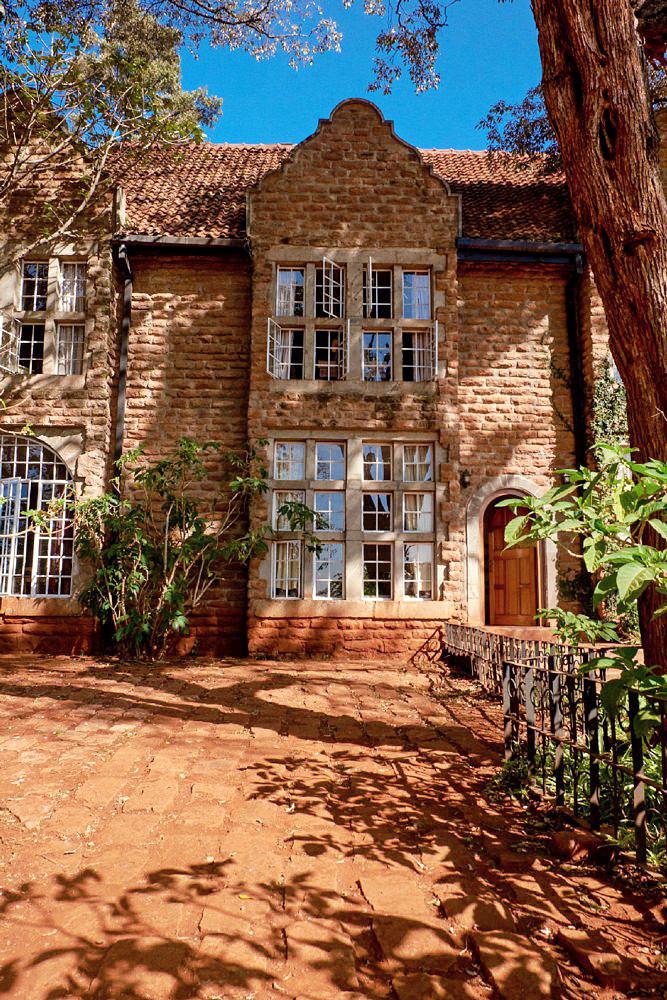 Giraffe Manor Nairobi Destination Wedding_0159.jpg