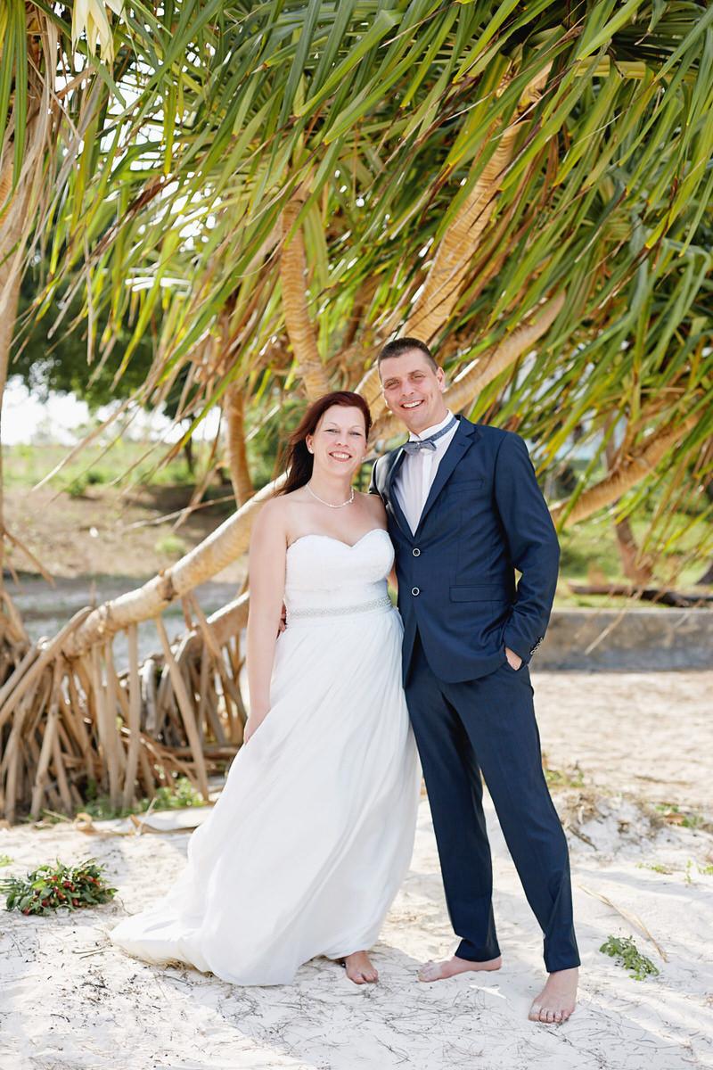 Honeymoon Portraits in Diani Beach Kenya hochzeitsfotograf hochzeitsfotografie