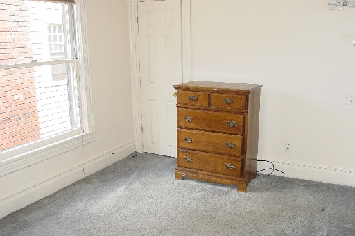 934-2-bedroom4.JPG