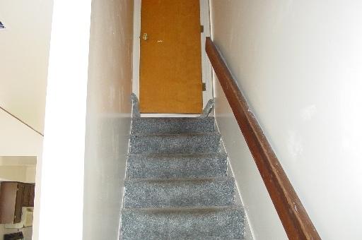 934-2-stairstotop.JPG