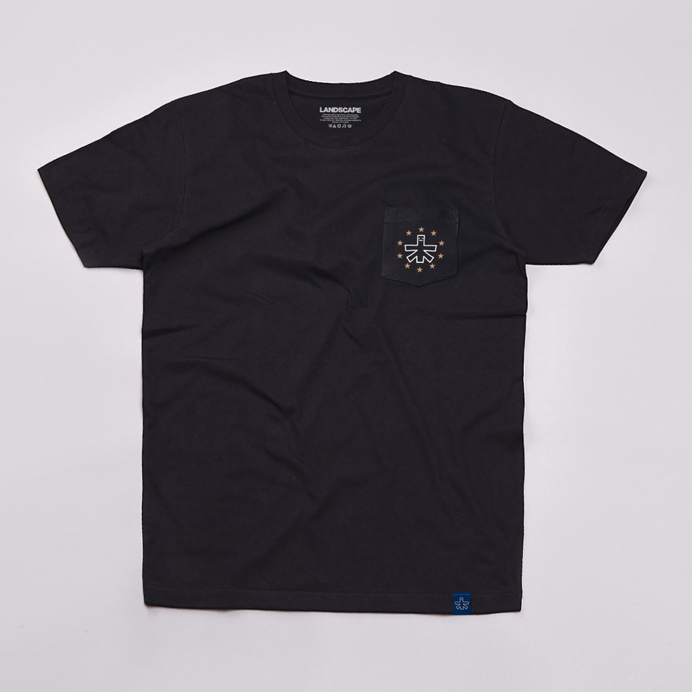 10 YEAR POCKET TEE. Chest pocket print. Black