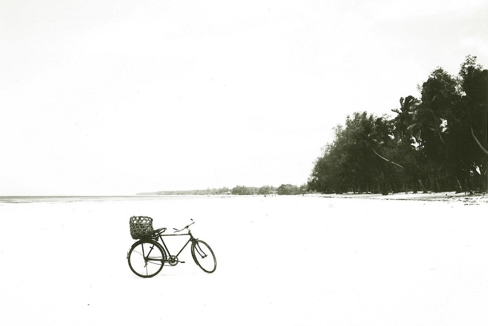 "Inspiration - Zanzibar ""The Getaway"" — Derek Lam, 10 Crosby Derek Lam"